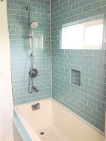 Glass Subway Tile Bathroom Ideas by 27 Great Small Bathroom Glass Tiles Ideas