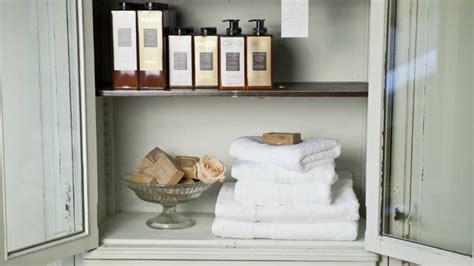 specchiera contenitore per bagno specchiera contenitore per bagno ordine e riflessi