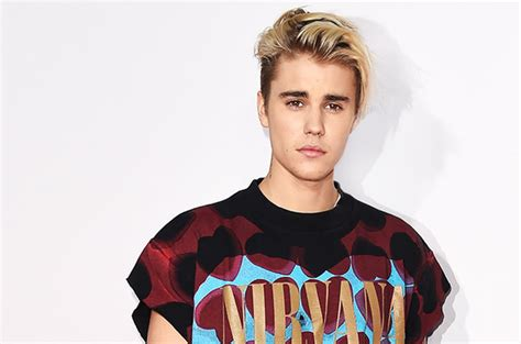 here is the reason justin bieber can no longer visit china eveyo
