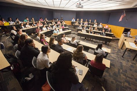 Fiu Weekend Mba by Hybrid Approach South Florida Business Magazinesouth