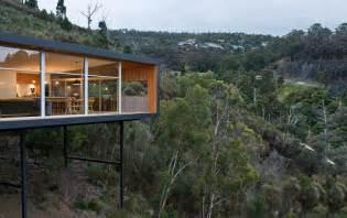 Slope House Modern Single Story House On A Sloped Lot In Tasmania