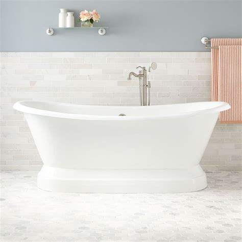 Pedestal Bathtubs by 25 Best Ideas About Cast Iron Tub On Cast