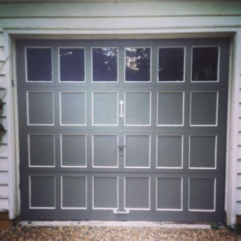Diy Garage Doors by Diy Garage Door Makeover