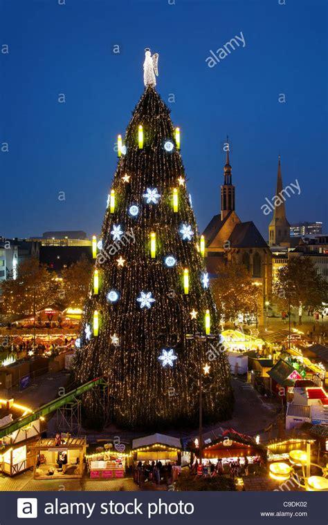 dortmund deutschland der gr 246 223 te weihnachtsbaum der welt