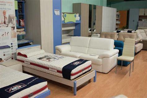 mercatone uno cuscini materassi mercatone uno reclinabile ecopelle divani letto