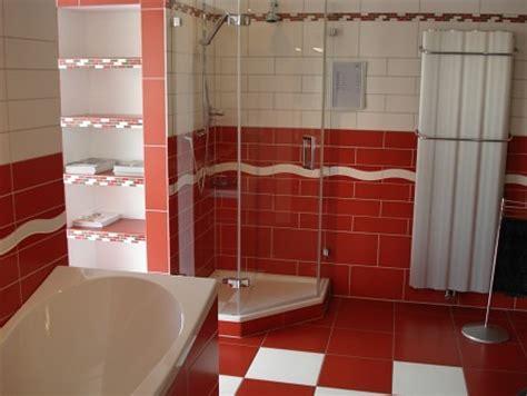 keramik scheune wohnzimmer bilder keramik bantli roger keramische wand und bodenbel 228 ge