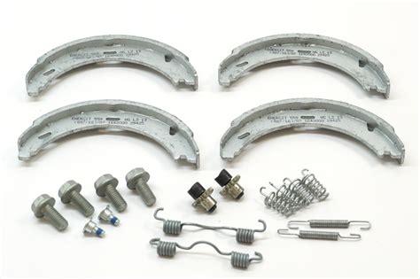 Nihon Brake Shoe S 55 76 83 Rear Daihatsu Kas Rem Belakang parking brake shoe set 1244200720 genuine mercedes 124 420 07 20 pelican parts