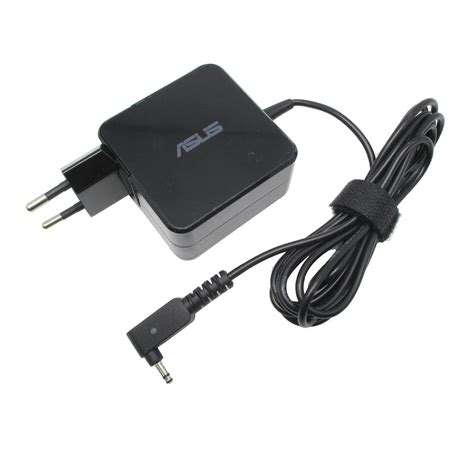 Adaptor Notebook adaptor asus 19v 2 37a 3 0 x 1 1mm oem black