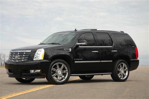 Cadillac Escalade Fuel Economy by Cadillac Escalade Technical Specifications And Fuel Economy