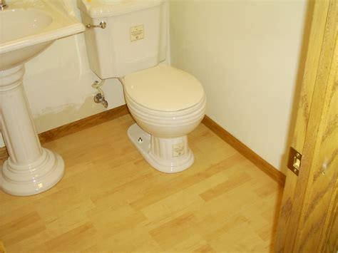Laminate Flooring Bathroom Bathroom Laminate Flooring