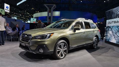 green subaru outback 2018 2018 subaru outback brings well thought out facelift to