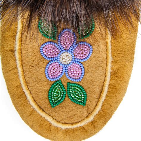Circle Moccasins moosehide moccasins handmade by skilled acho dene