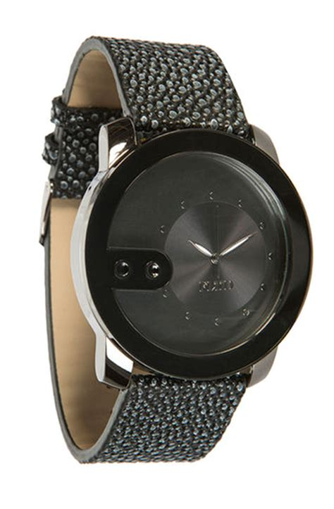flud watches the exchange in black for lyst