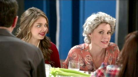 sarah hyland photos news and videos trivia and quotes julie bowen and sarah hyland photos photos modern family