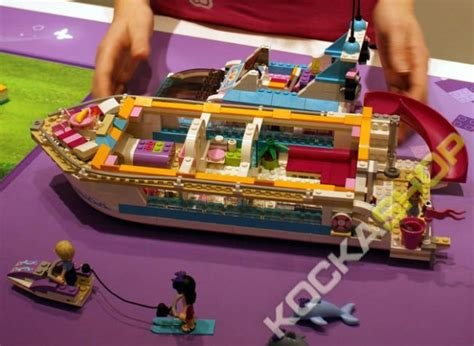 jacht lego friends lego 174 friends yacht 41015 dolphin cruiser kockashop