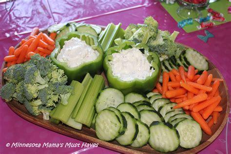 easy summer veggie tray idea for entertaining must