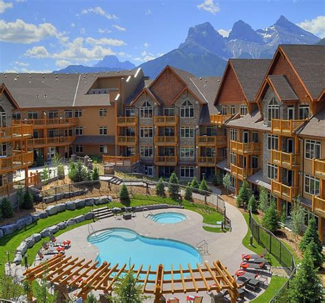 Canmore Accommodations Cabins by Stoneridge Mountain Resort Canmore Alberta Resort