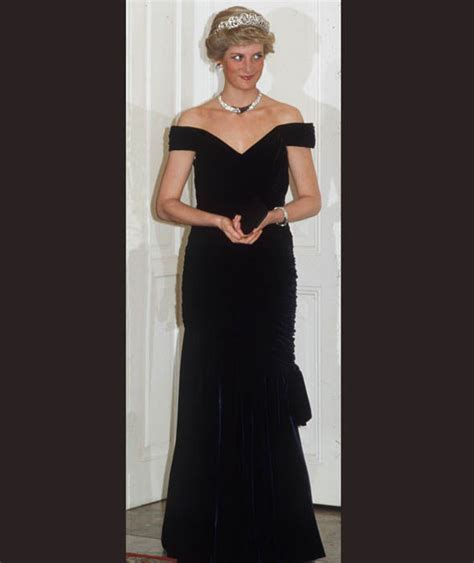 Longdress Diana Back princess diana wore the spencer tiara necklace and