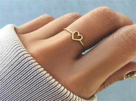 Best Gold Ring Design by 20 Best Simple Gold Ring Designs For Womens
