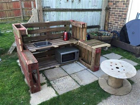 DIY Pallet Mud Kitchen 101 Pallet Ideas