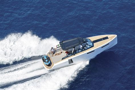 designboom tim spears stylish evo 43 ht yacht expands with transformable 25 sqm