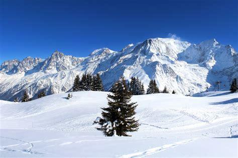 chalet in den alpen mieten ihr chalet in den alpen mieten sienein luxus chalet in
