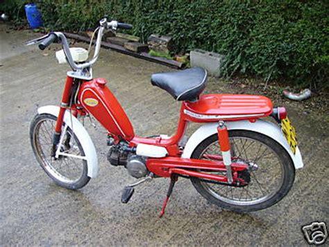 honda movilo honda novio moped 50cc top speed is a heady 34mph looks