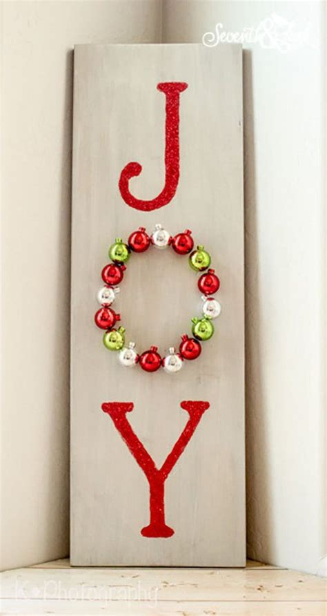 make your own christmas decorations kit decorations with this simple kit you can create your own diy wooden sign to