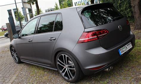 Auto Folieren Kosten Golf 7 by Vw Golf 7 Gti In Grau Matt Metallik Folienking De