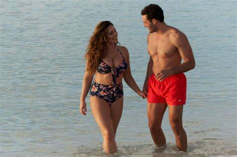 libro kelly brook official 2018 kelly brook in floral 2018 08 gotceleb