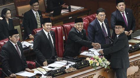 Pembahasan Undang Undang Pemberantasan Tindak Pidana Terorisme Wiyono pengamat undang undang tidak secara otomatis menekan