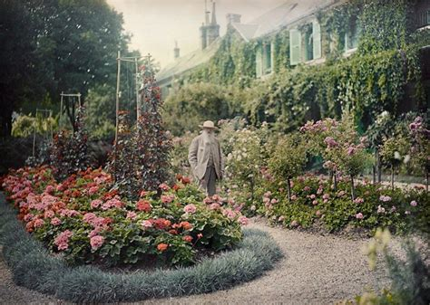 Monet In The Garden by Monet S Garden On Show At Ngv The Dreamer And The