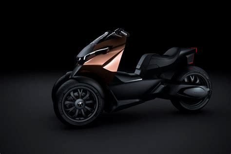 who owns peugeot peugeot onyx supercar gets its own scooter concept