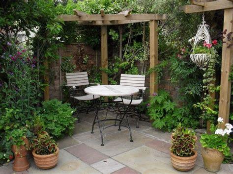 elegance small courtyard gardens design corner pergola