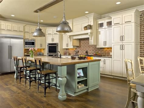 Wellborn Kitchen Cabinets 8 Best Images About Cabinetry By Franklin Kitchen Center On Pinterest Chocolate Walls Cook
