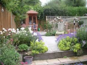 ordinary Better Homes And Garden Patio Furniture #5: Simple-Landscape-Garden-Ideas.jpg