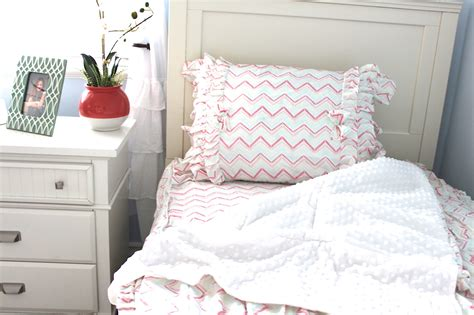 Beddys Bedding by Giveaway Bedding From Beddy S Project Nursery