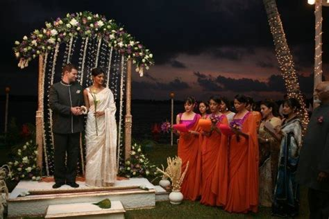 36 best Poruwa images on Pinterest   Wedding decor
