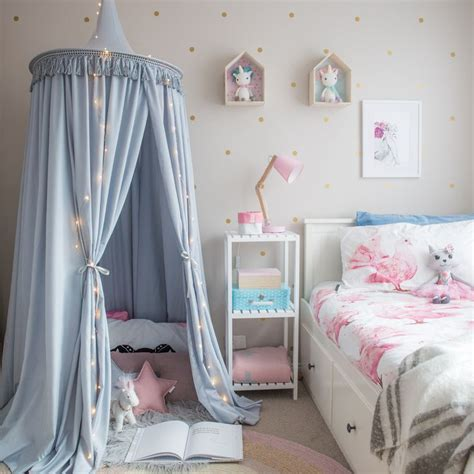 Childrens Bed Canopy Best 25 Canopy Ideas On Pinterest Bed Canopy Childrens Bedrooms And Bed Curtains