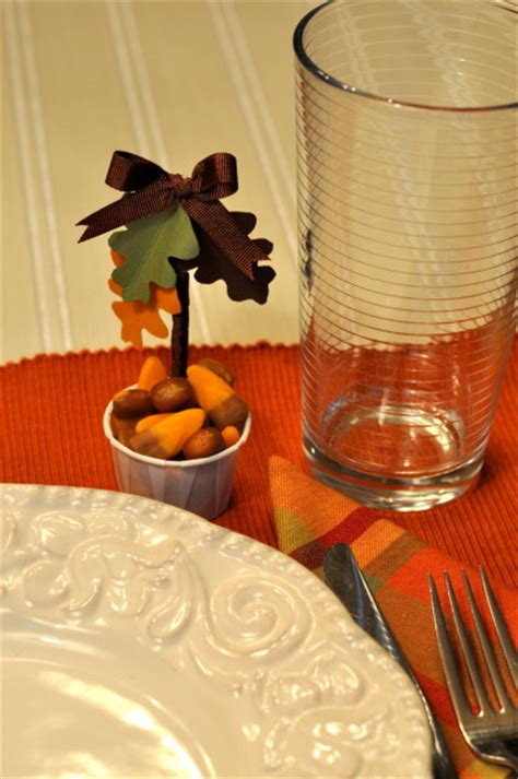 Thanksgiving Table Favors Cups For The Thanksgiving Table Make And Takes