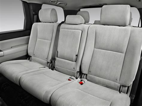 electric and cars manual 2005 toyota sequoia seat position control image 2017 toyota sequoia sr5 rwd natl rear seats size 1024 x 768 type gif posted on