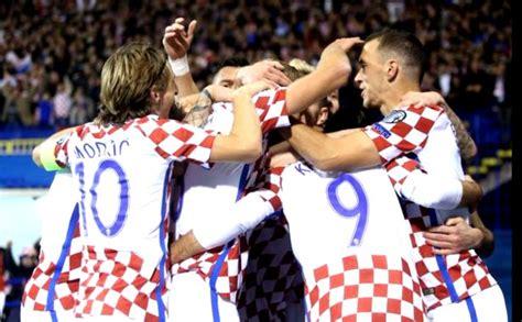 pemain kroasia kroasia dan swiss berpeluang besar lolos ke piala dunia