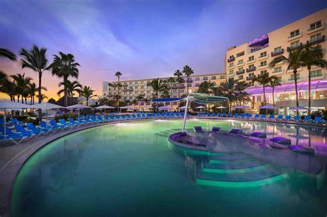 The Best Places to Have Your Destination Wedding and Honeymoon  Hard Rock Riviera Maya