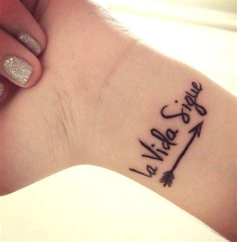 imagenes de frases de la vida para tatuajes 48 ideas de tatuajes de frases de hombre mujer fotos
