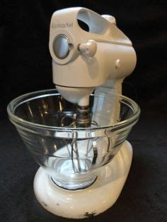 Mixer W Bowl Signora vintage kitchenaid model 3c stand mixer this looks like