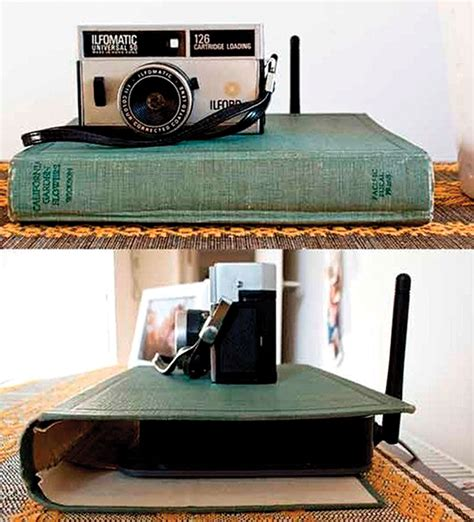 router verstecken declutter tip hide an router with a book cover