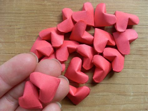 How To Make Small Origami Hearts - origami hearts 183 how to fold an origami shape 183 papercraft