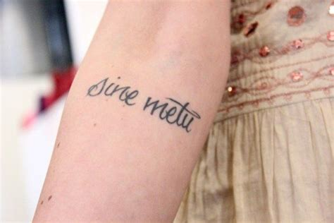 sine metu tattoo sine metu or quot without fear quot pronounced seen a met oo
