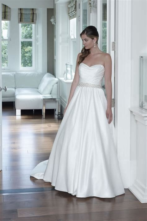 Zage Wedding Dresses Uk by D Zage Wedding Dress Stockists Wedding Dresses Asian