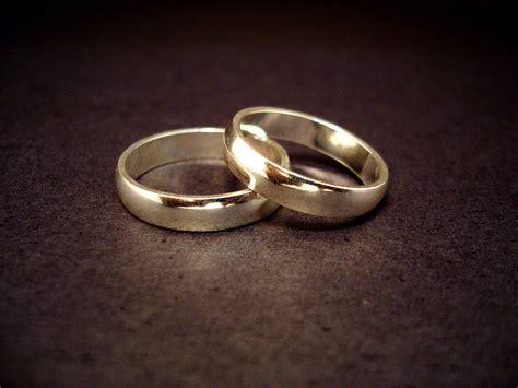 wedding rings april fool should a wear a wedding ring